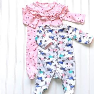 CARTERS/THE PLACE 2 LONG SLEEVE FOOTED PJ 0-3 M